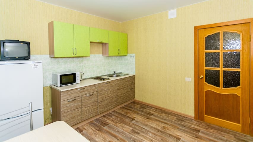 Однокомнатная комната на Братьев Кашириных