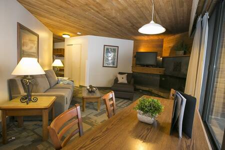 Snowbird Ski and Summer Resort Studio (2 bed) - Сэнди - Кондоминиум