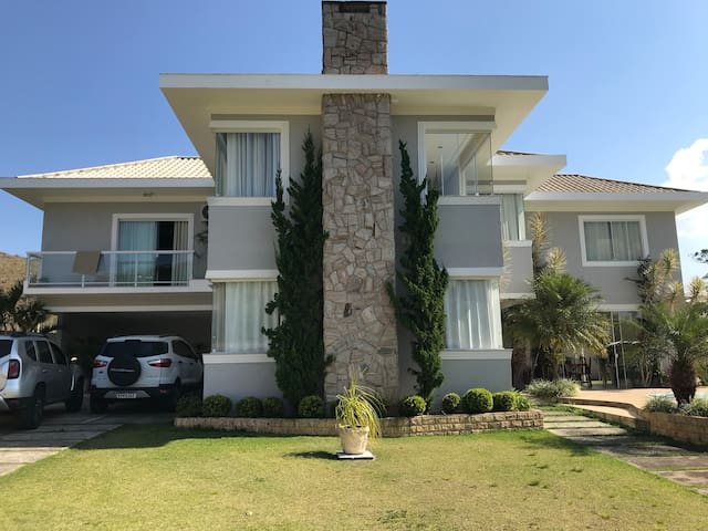 Casa luxuosa em Ipiabas