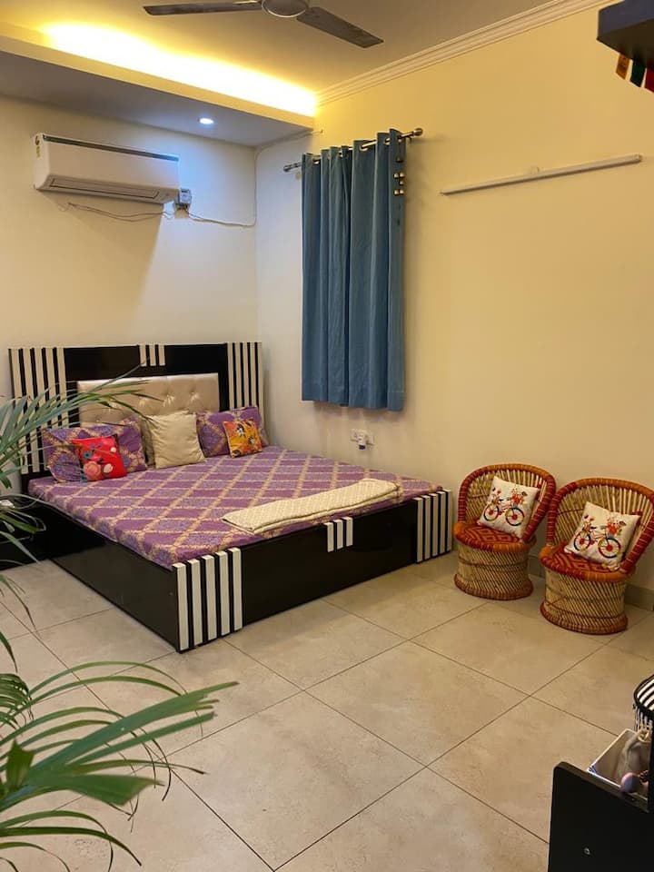 Single room in shared flat - 1-2 Month