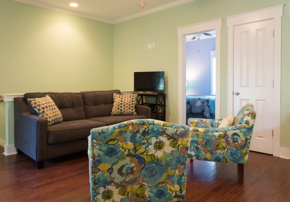 Living Room with Queen Size Sleeper Sofa