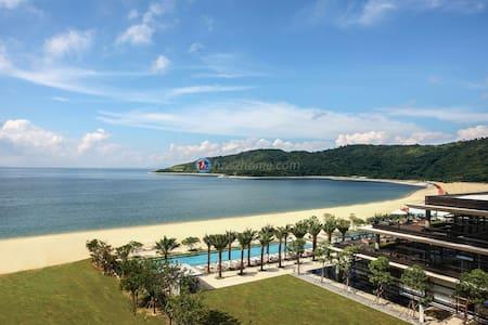 深圳东部华润小径湾一线海景度假套房,13楼一室一厅超大阳台 - Huizhou Shi - Lägenhet