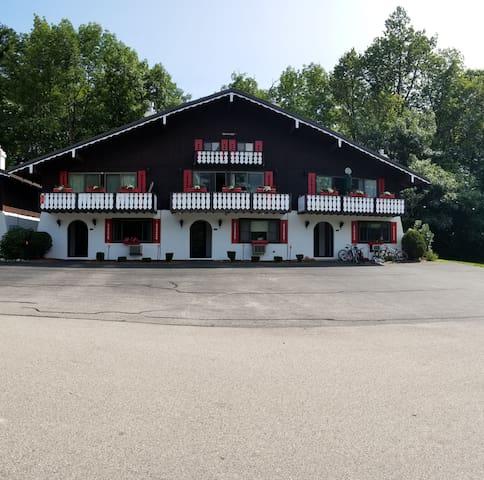 Linderhof Country Club Condo