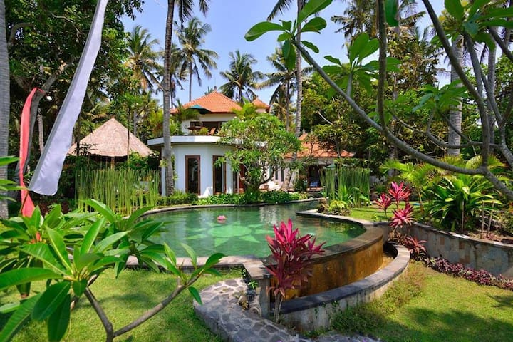 VILLA SURYA * BALI BLISS * 5/6 * POOL * SEA VIEWS