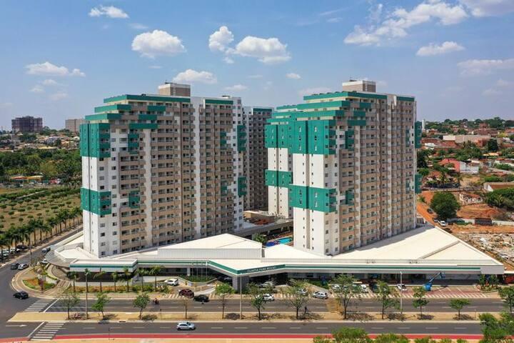 Venha para o Enjoy Olímpia Park Resort!