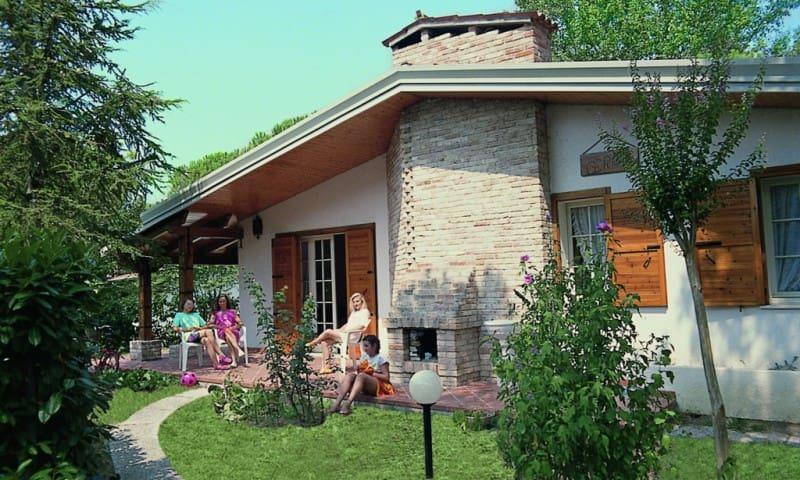 Villa Ca' Pinetta - con ampio giardino privato - Lignano Sabbiadoro - Villa