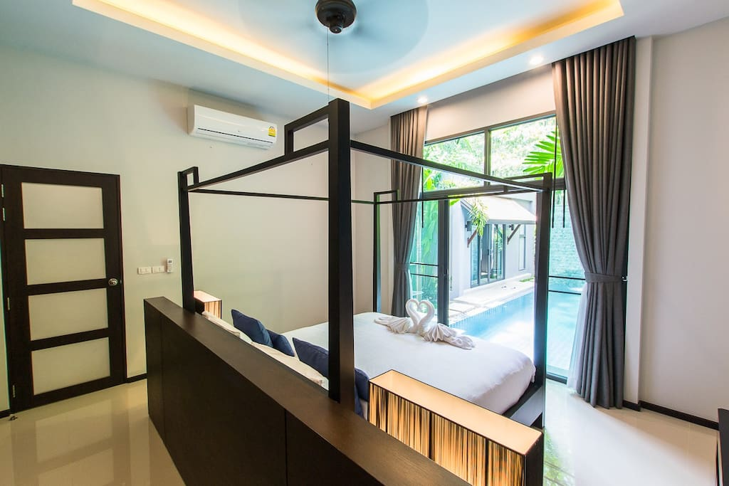 A luxury modern style, nice tropical garden and perfect for stay.