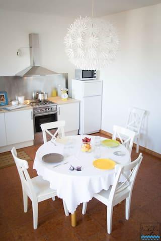 Casa Vacanze La Dolce Vista | Seaview Apartment - Alcamo Marina - Apartamento