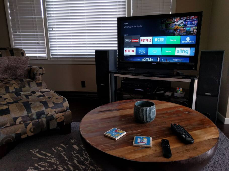 Living room, entertainment center: Amazon Fire TV with ESPN, Netflix, HULU, and more!