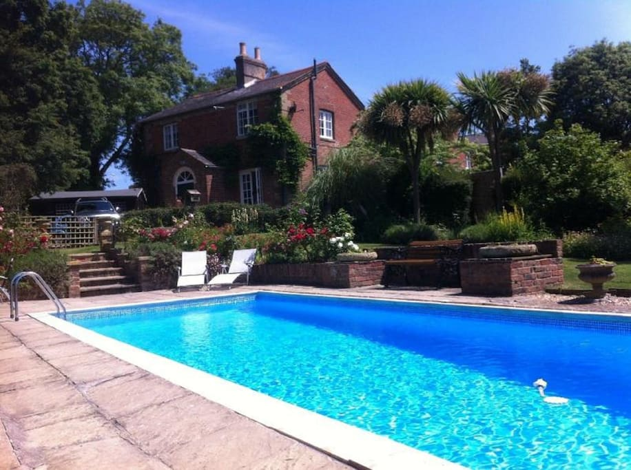 Cabin Sleeps 2 With Heated Pool Cottages For Rent In Whippingham East Cowes Isle Of Wight