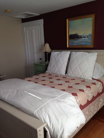 Robinson Farm Room - Mountain Village Farm Bed & Breakfast