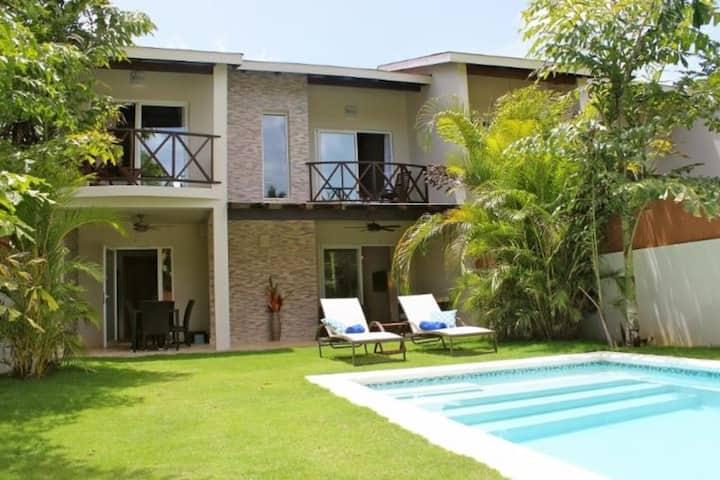 Villa Escalonia Playa Ballenas