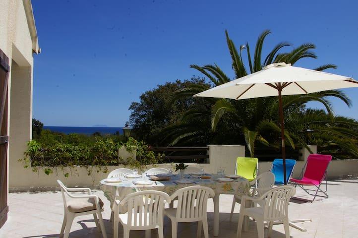 Spacieuse villa à 5 min de la plage - Santa-Lucia-di-Moriani - House