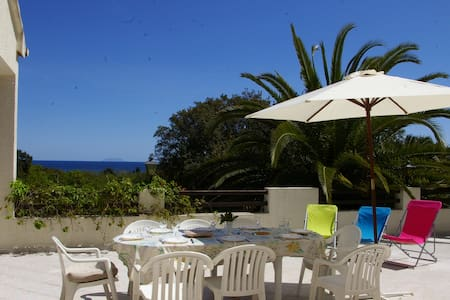 Spacieuse villa à 5 min de la plage - Santa-Lucia-di-Moriani - Talo