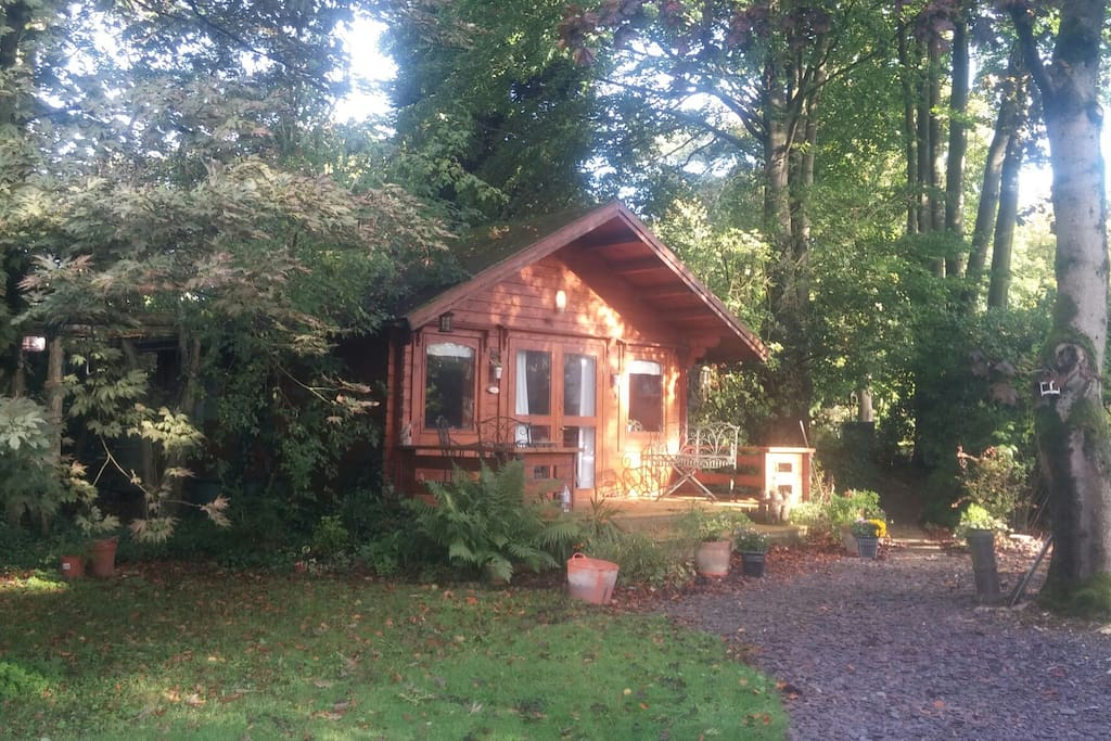 Secluded chalet style log cabin lickey hills park for Persiane delle finestre di log cabin
