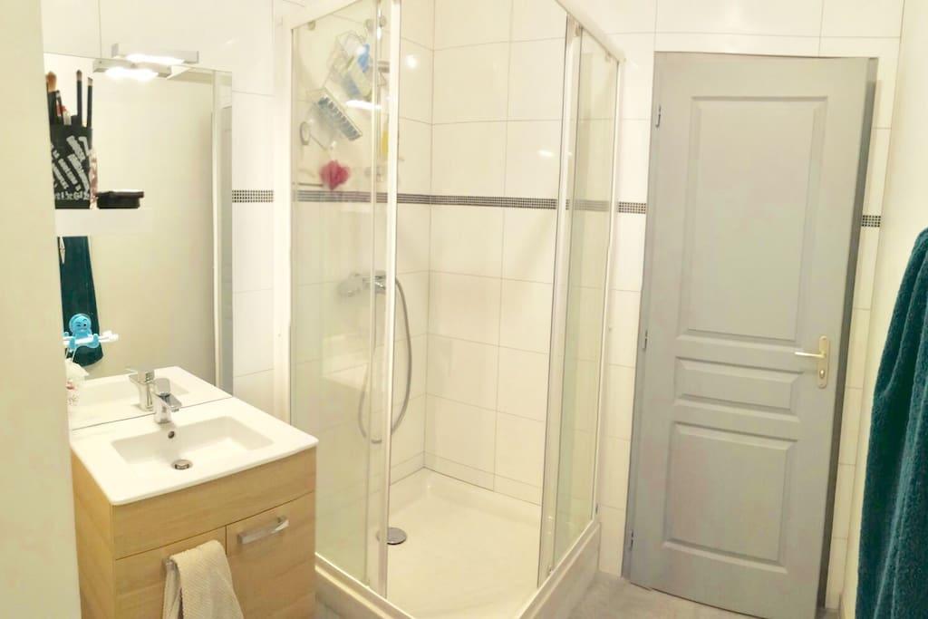 studio compi gne centre wohnungen zur miete in compi gne. Black Bedroom Furniture Sets. Home Design Ideas