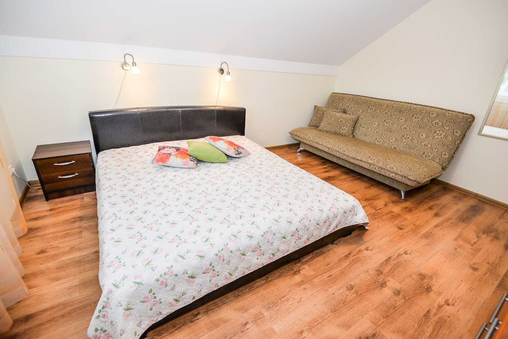 Bedroom 1 (double bed and sofa-bed)