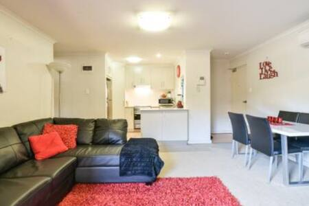 3 Bedroom Unit - GLENELG - Glenelg South - Flat