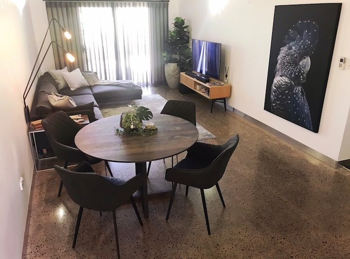Nightcliff Gem!  Boutique 2 bed with Luxe fitout!