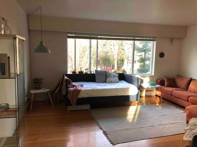 Large quiet room on Commercial drive
