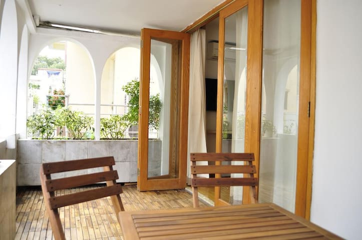 Beautiful apartment in D1 center, 2 BRs + kitchen