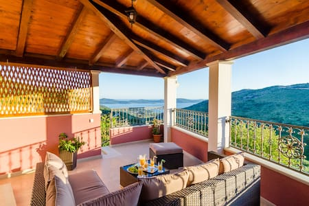 Villa MarAnte **** -With Private Pool and Sea View