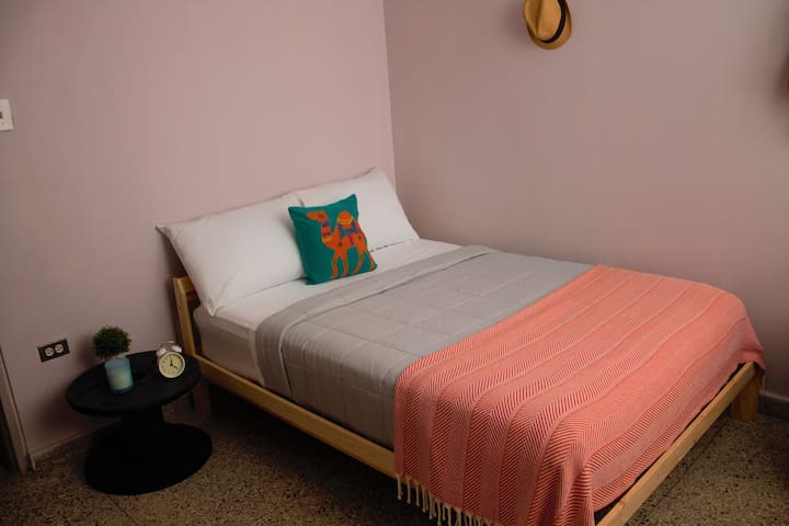 Minimalist 89 Room  with wi-fi