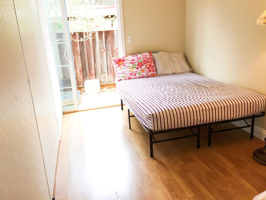 Nl2 private bedroom cheap hostel houses for rent in san for Master bedroom for rent san jose