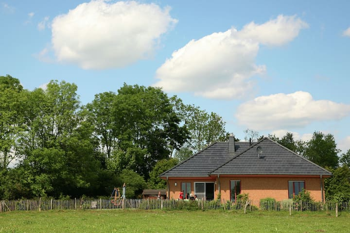 Modish Holiday Home near Forest in Lambertsberg
