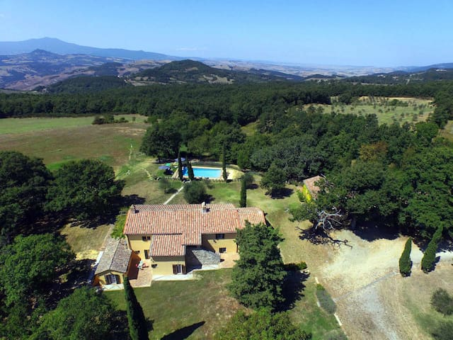 IL TROSCIONE - Holiday in Tuscany  for 10 peoples