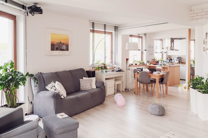 Family 100m2 BRIGHT and MODERN apartment A2/S8