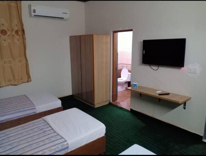 Sitara Hotel Lahore Waris Rd