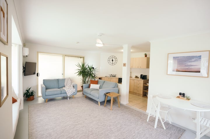 Sun Filled Beach Guest House, Mudjimba