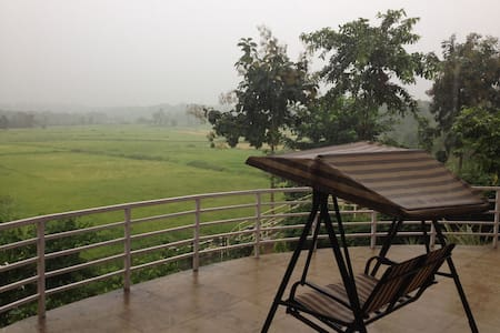 Far from the madding crowd - Karjat