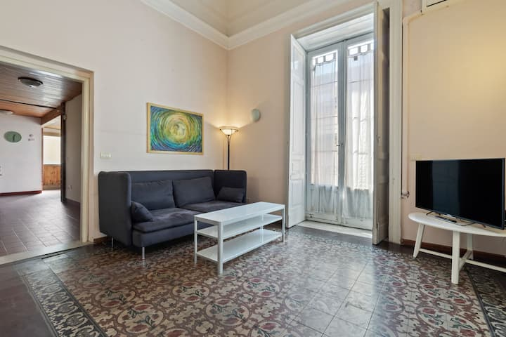 Modern Apartment in Catania with Terrace and Netflix