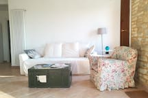 sala con divano letto