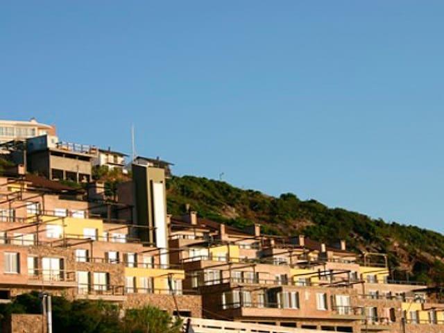 apartamento con hermosas vistas panorámicas