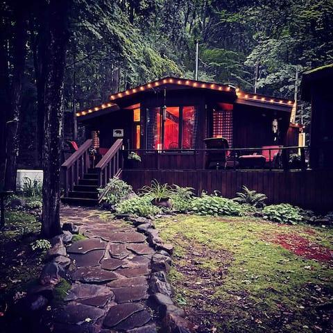 Hidden Haven Muskoka Retreat.