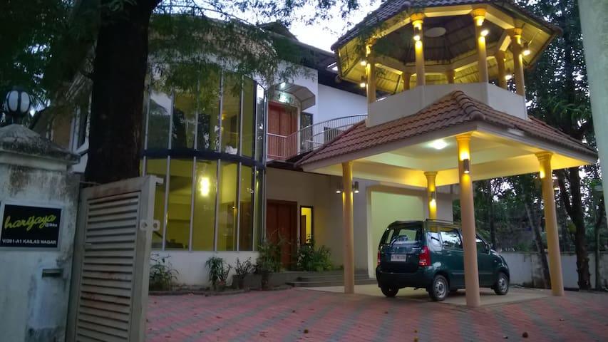 4 Bedrooms, 5 Bath with pool @ Thrikkakara, Kochi