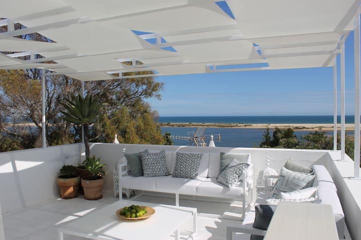 Wonderful attic with terrace and sea views - Cacela Velha - Apartamento