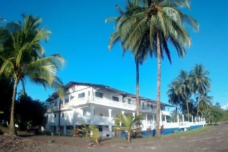 Galeón La Magia del Pacifico - Buenaventura - Hostel