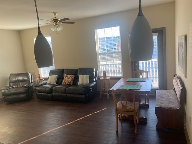 1 Bedroom Suite with Large Private Bathroom