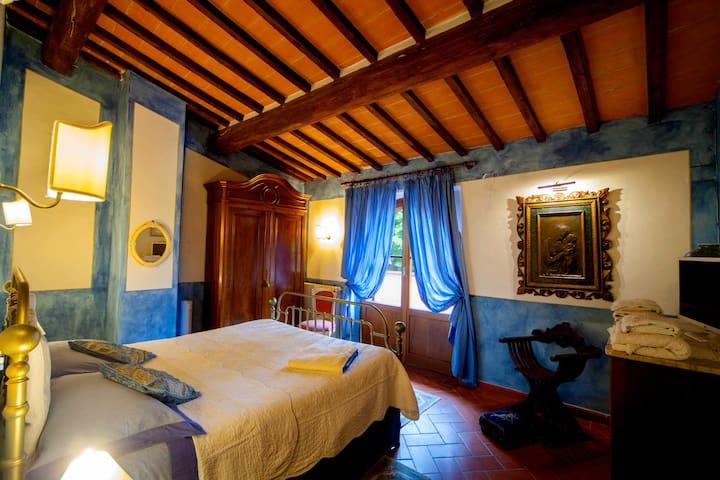 Blue Room, direct on sunterrace