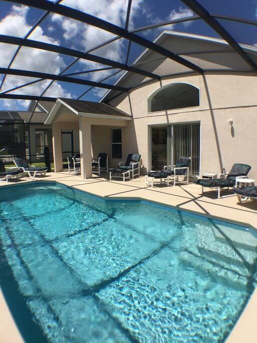 Beautiful sunny large pool