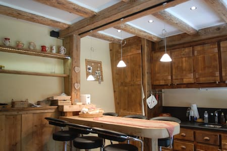 Appartement cosy et calme style chalet - Les Contamines-Montjoie