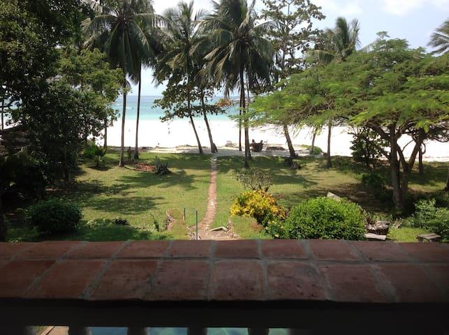 Sea Front Apartment Diani,