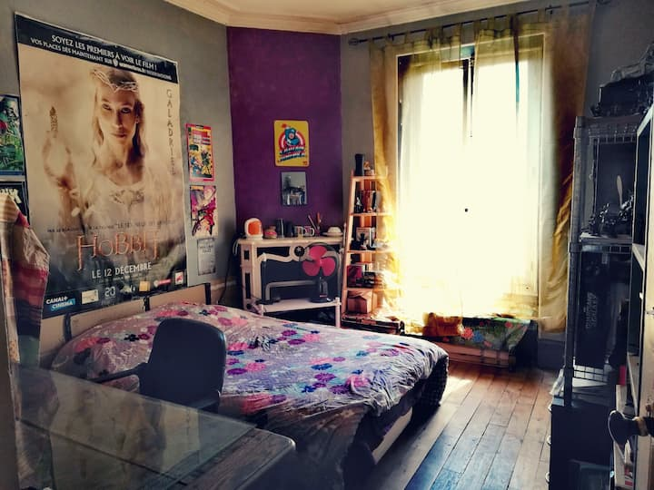 "Chambre ""GEEK"" @ L'Appartement ""imagine"""