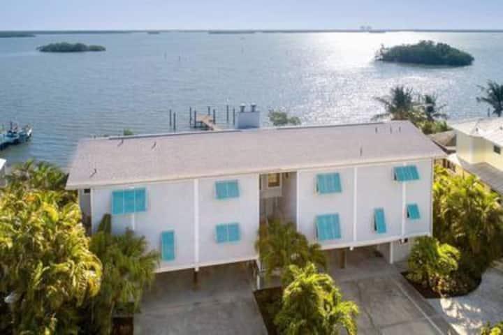 Flamingo Harbour Villa