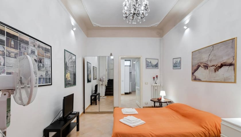 A one bed apartment near the historic center - Rom - Wohnung