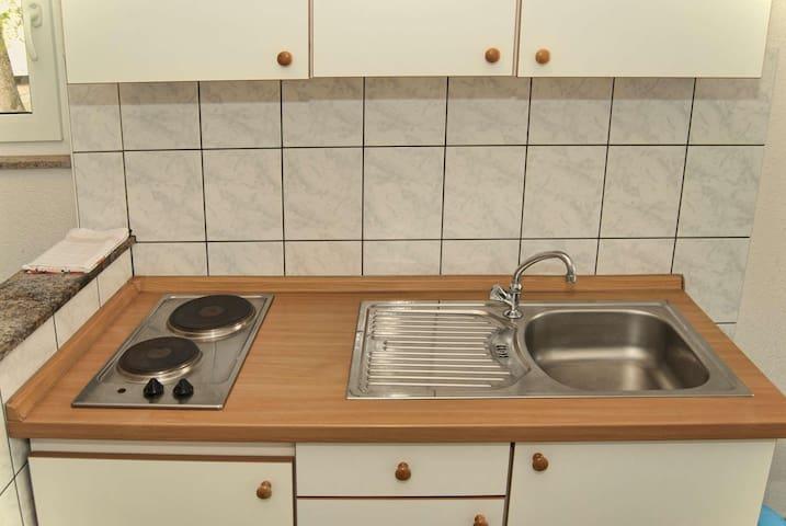 Apartments Mate / A2 Zapad - Baska Voda - Wohnung